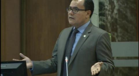 Raúl Tello - Asambleísta por Pastaza