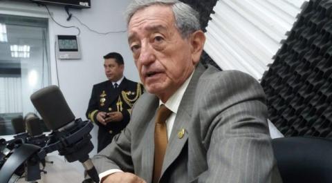 Oswaldo Jarrín - Ministro de Defensa