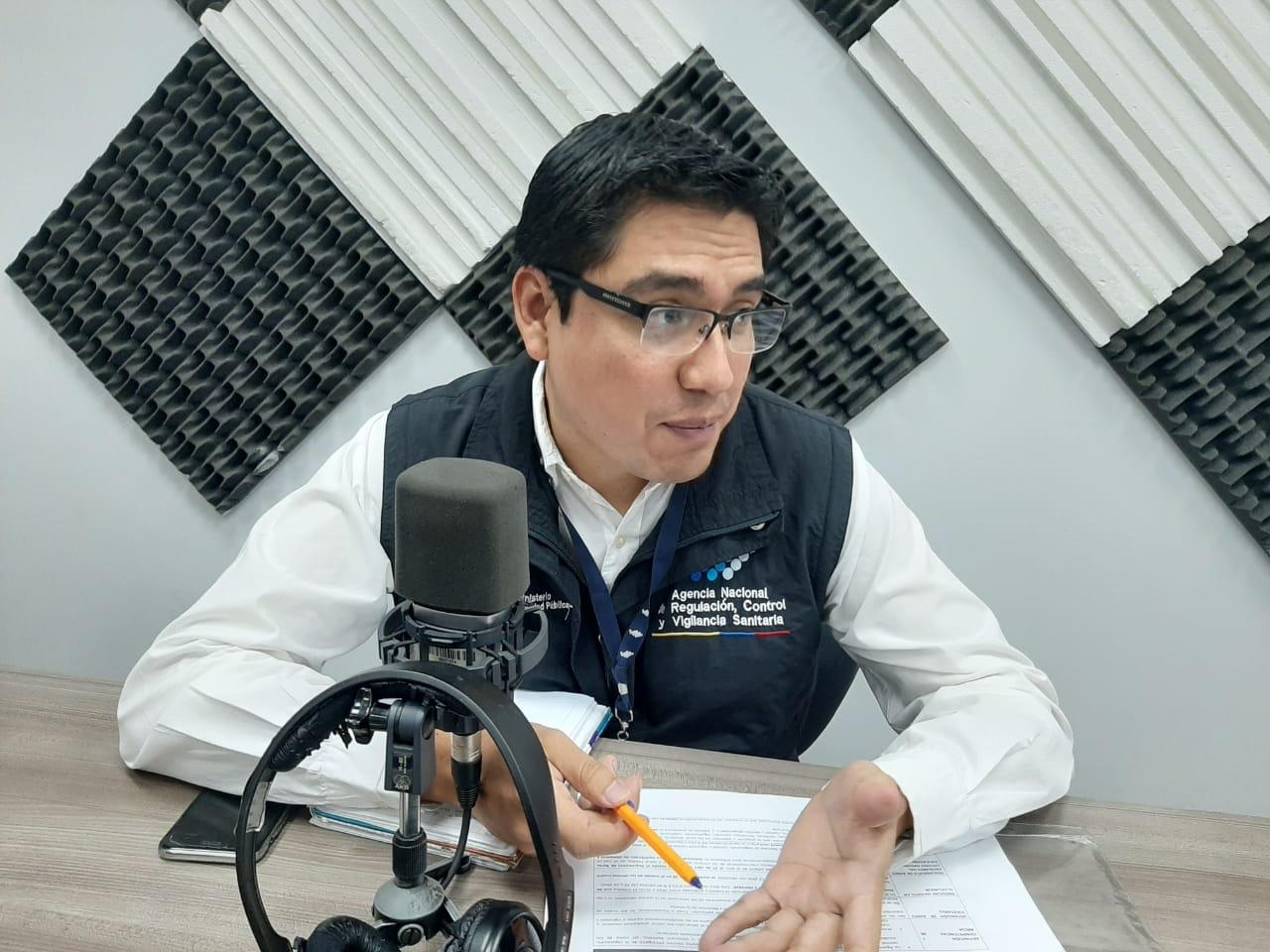 Francisco Caza: Controles en bares escolares.