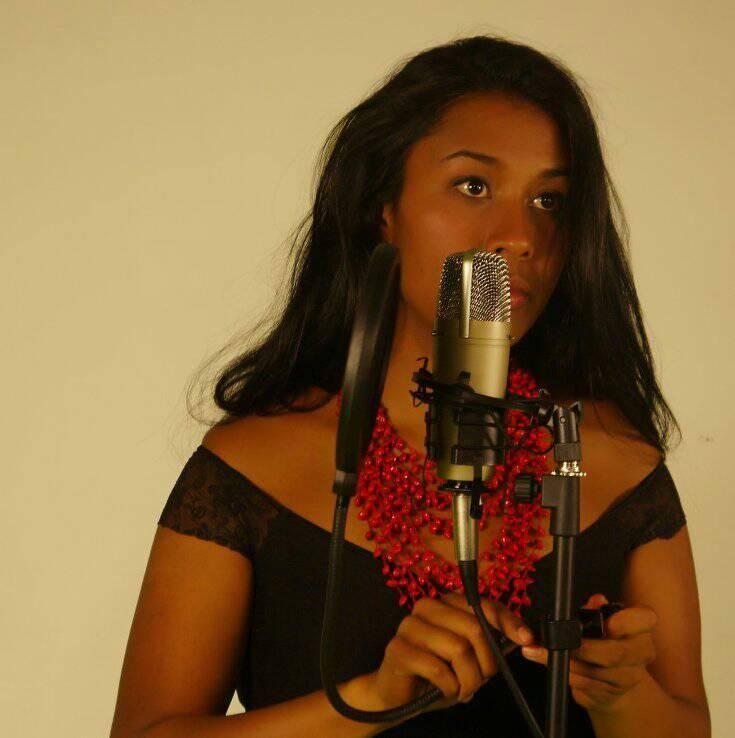 El Duende de la Calle Quito presenta entrevista a Laura MeloMusic