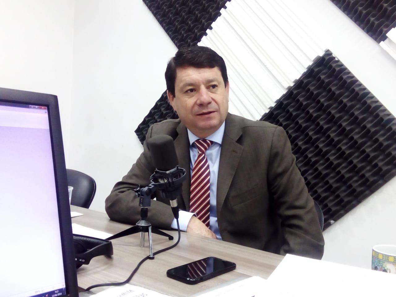 """Esteban Albornoz: """"Con la Ley de Fomento Productivo reactivaremos la economía"""""""