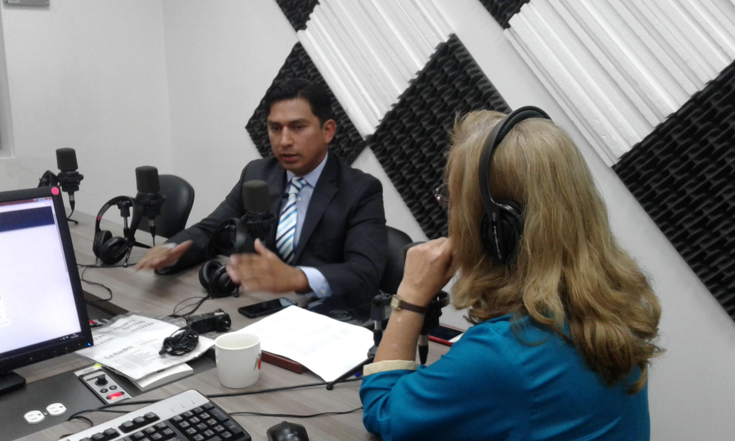 Marlón Vinueza:SCPM suspende terminación de contratos corporativos de salud