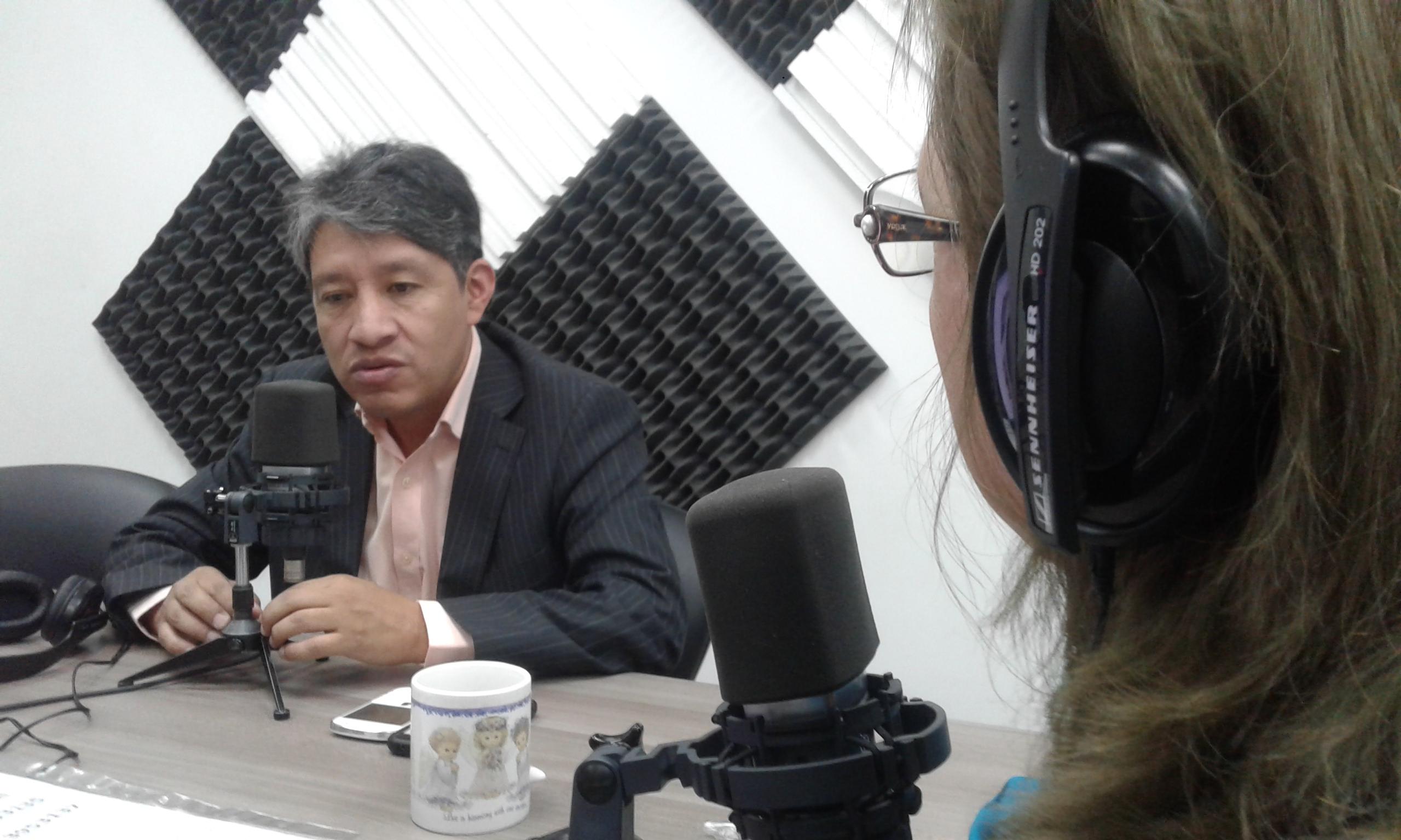 """César Andrade:""""El Volcán Cayambe pasó de 10 a 250 sismos al día"""""""