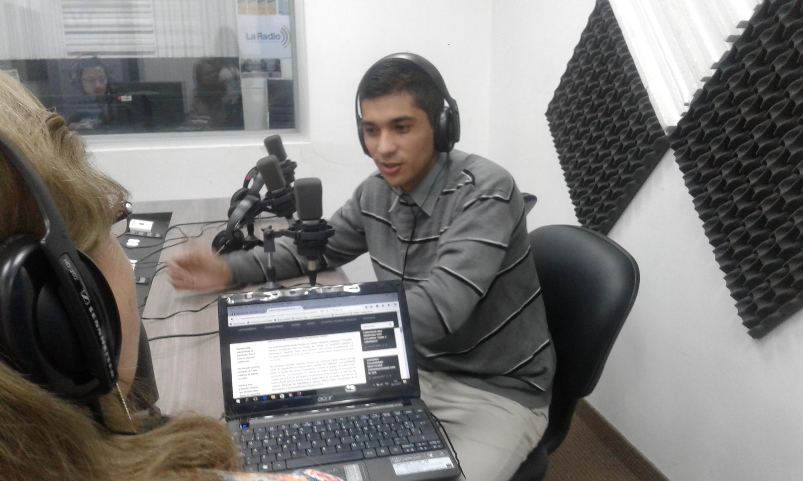 """Max Macías: """"Las redes sociales no funcionan como medios tradicionales"""""""