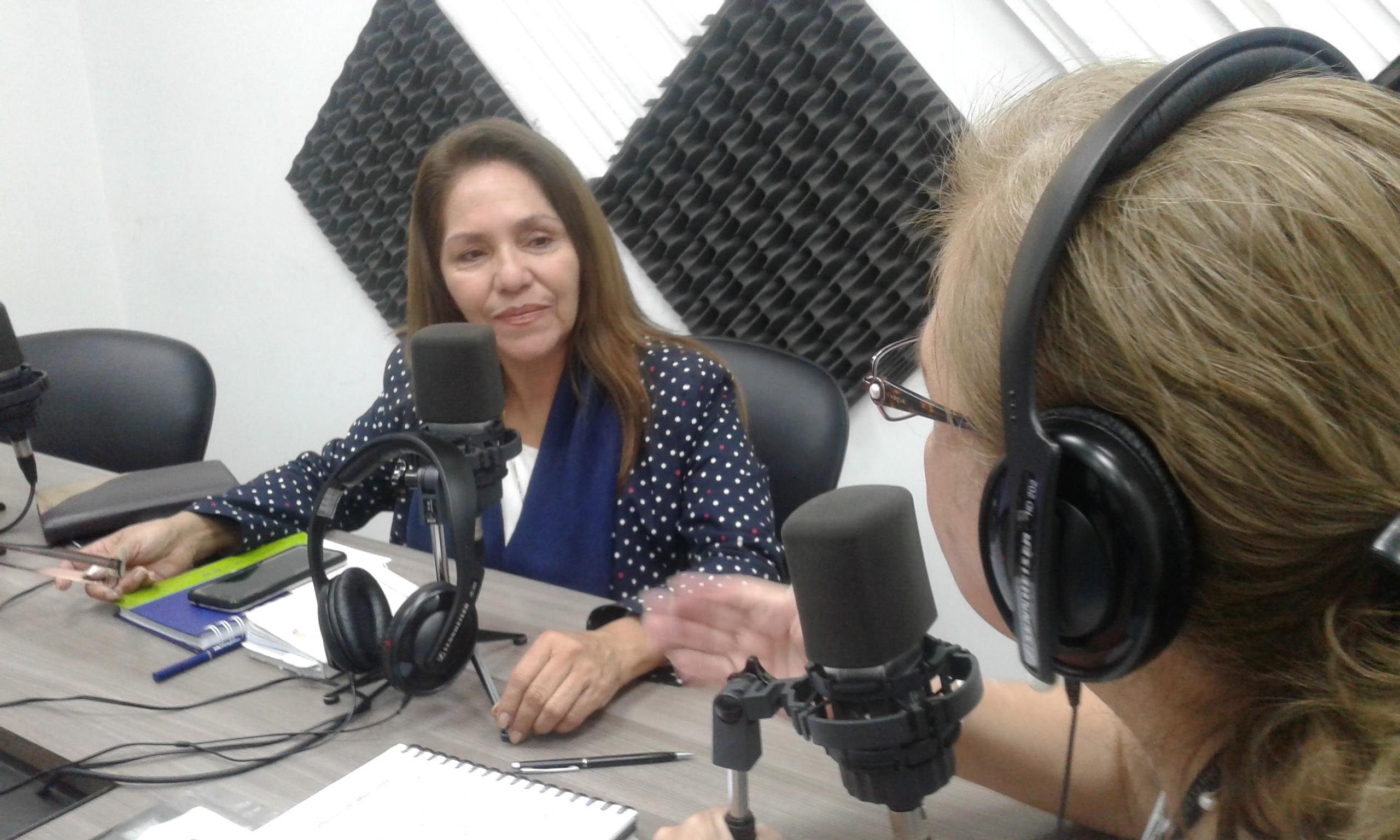 Asambleísta Amapola Naranjo: Socialización de Ley de Cultura.