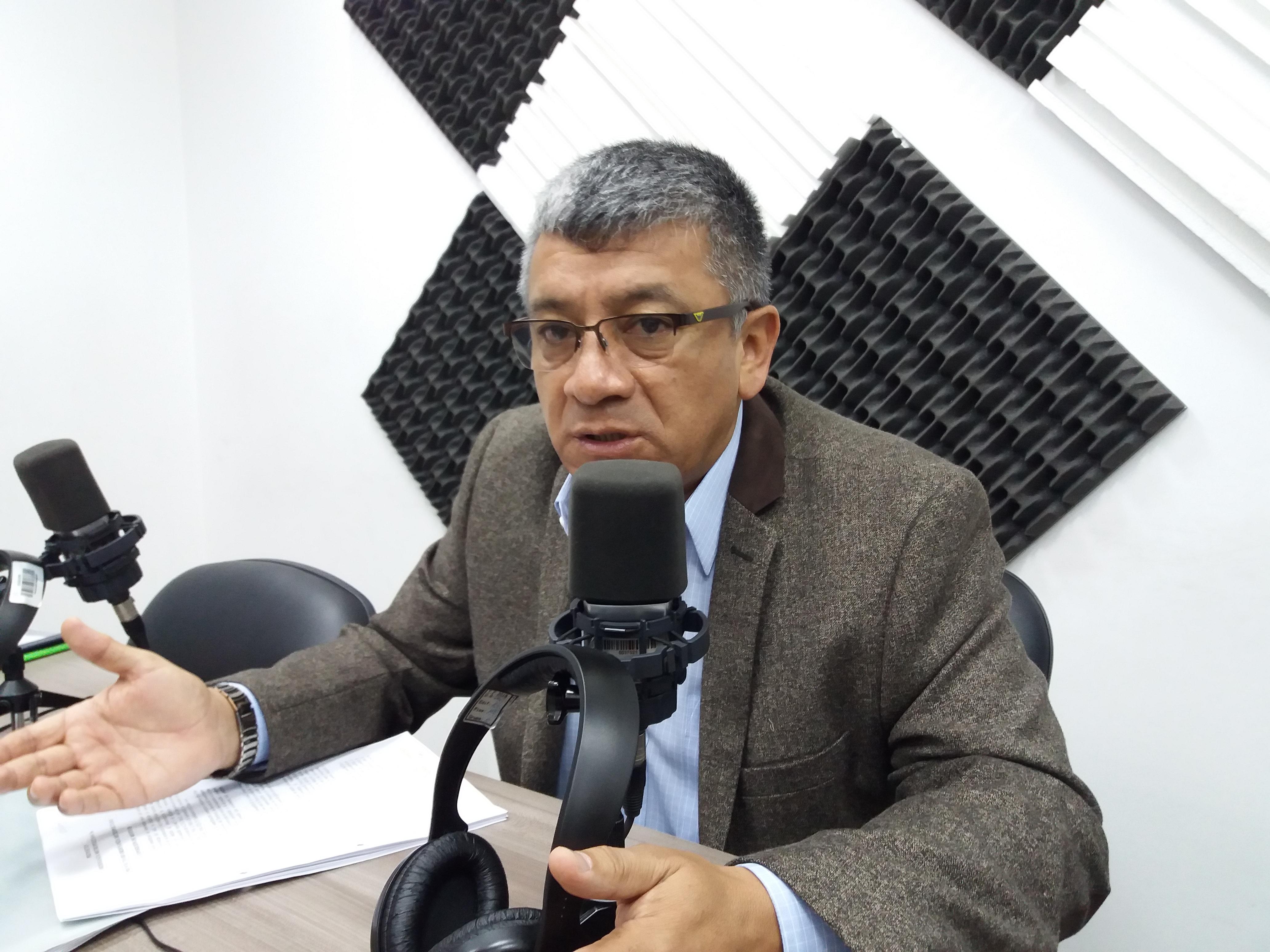 Eddy Sánchez: Sistema de recaudo de transporte público de Quito.