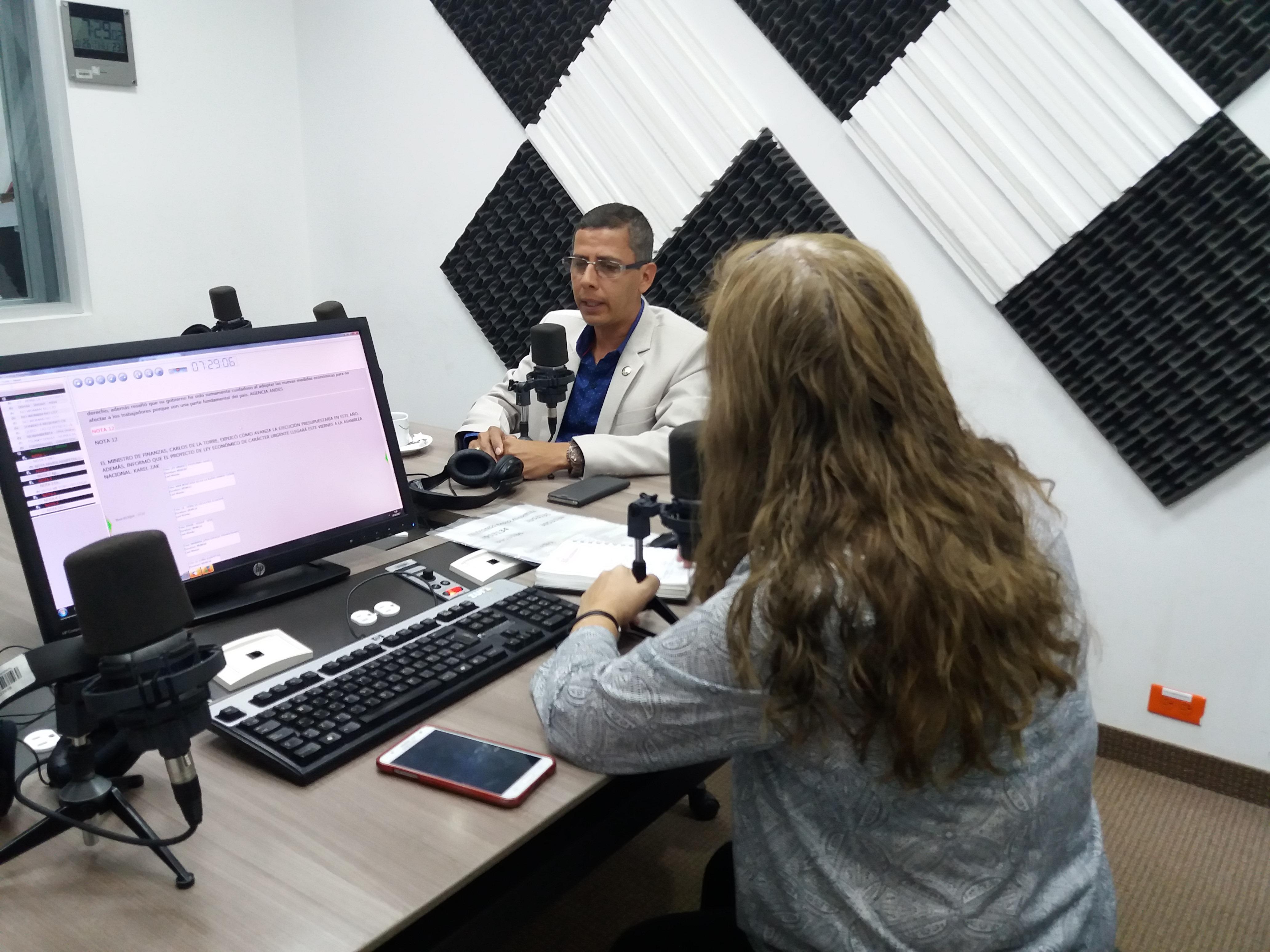 Charlas Legislativas- Provincia de Orellana: Alberto Zambrano y Eddy Peñafiel