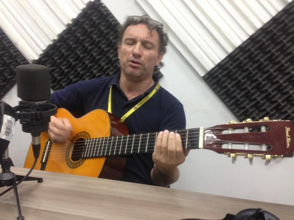 El Duende de la Calle Quito presenta entrevista a Washo Flores