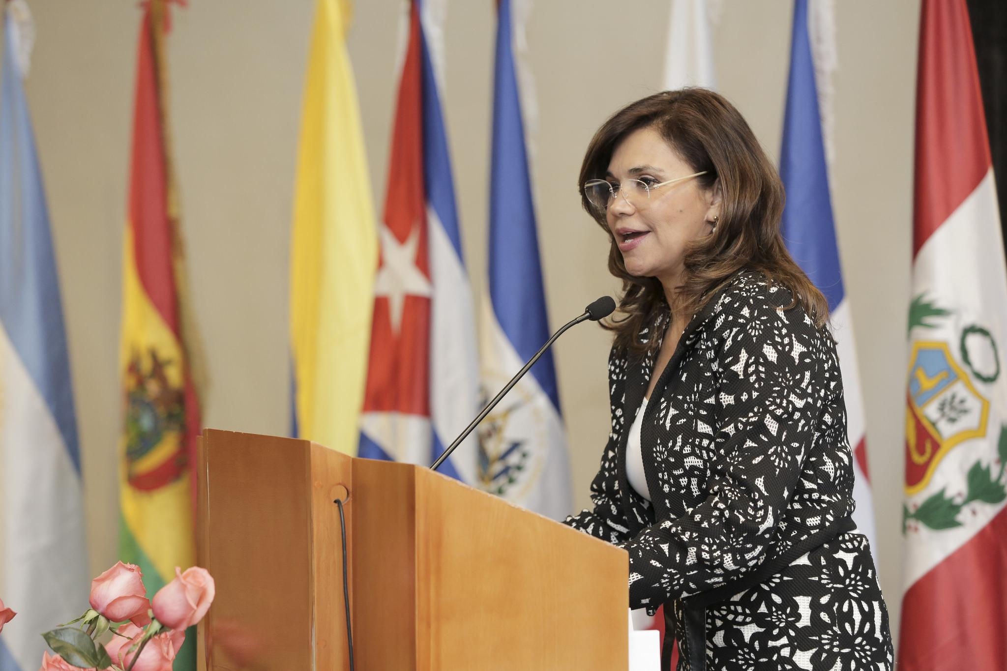 Ecuador: Parlatino y Hábitat III