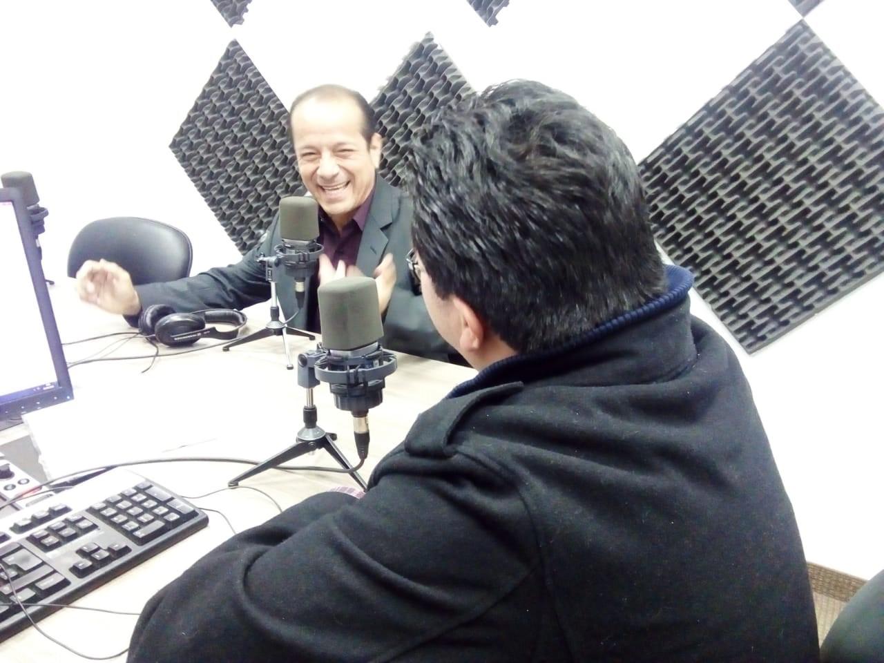 Bairon Valle: profesor, orador y político
