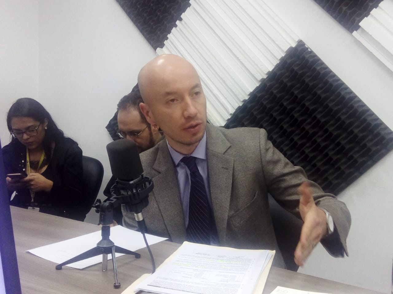 """Santiago Andrade: """"Estaremos beneficiando a 300 mil afiliados con la Ley"""""""