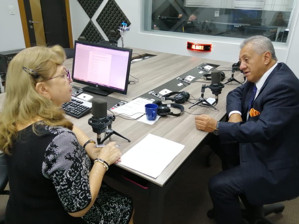 Fernando Flores: Juicio político a presidenta del CNE