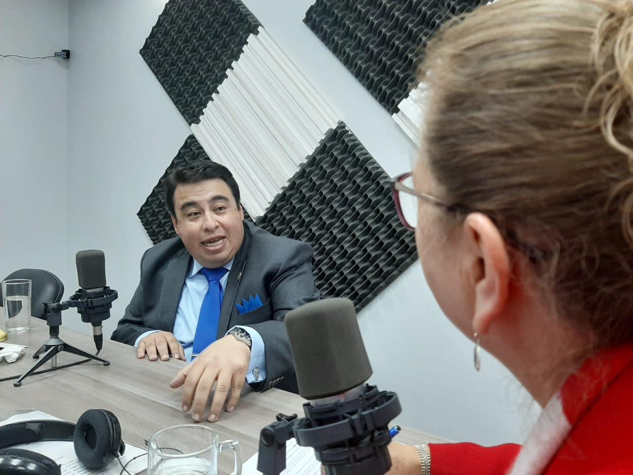 Santiago Acurio: Filtración de Información de ciudadanos ecuatorianos.