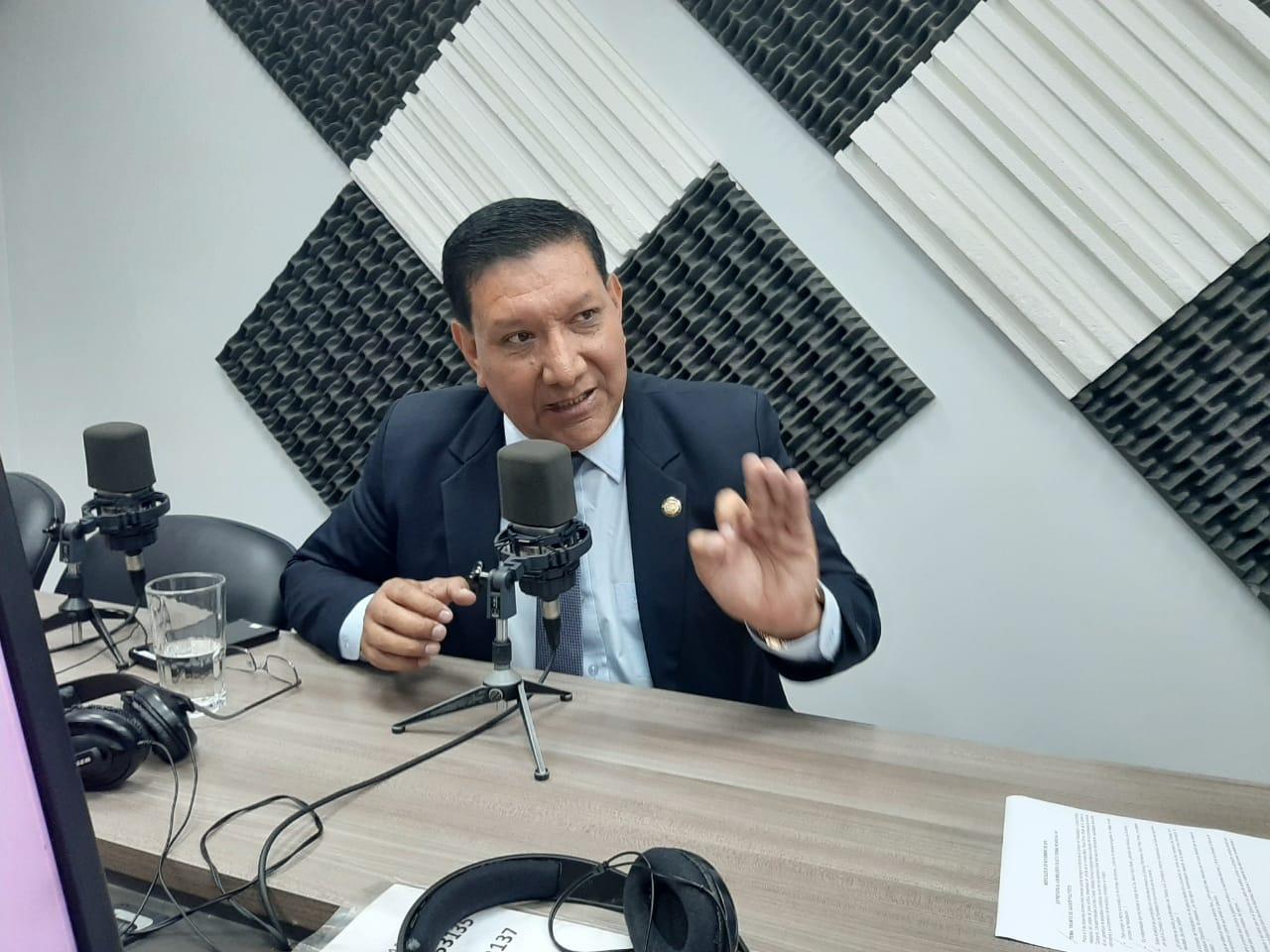 Fausto Terán: Trámite de juicios políticos.