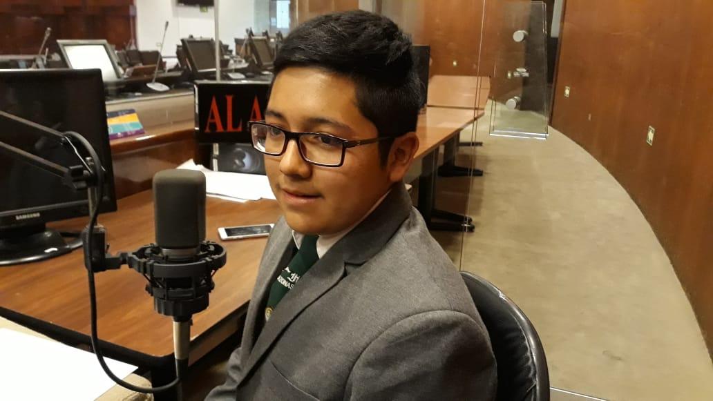 Jahat Enriquez y John Ocampo: Parlamento Andino Juvenil