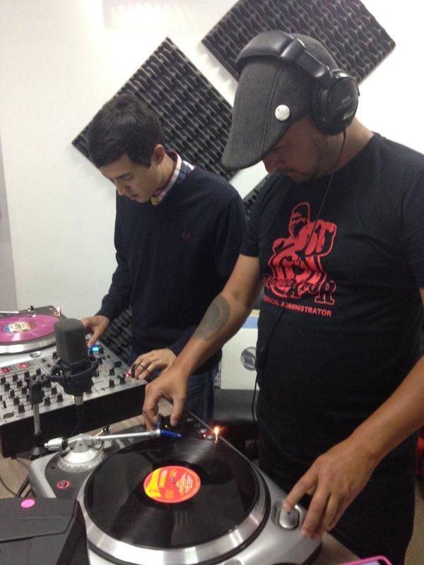 Jamaican Roots - Mezcla en vinilos Chino y Hard Mod Selector
