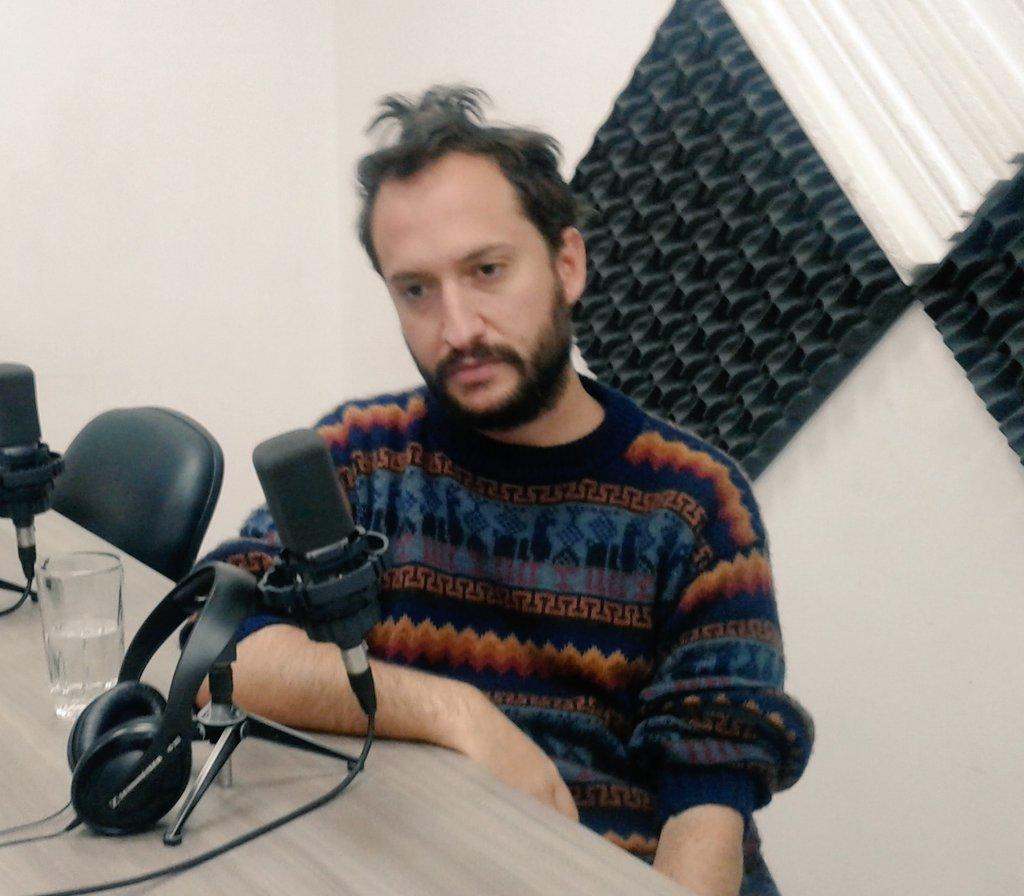 """Mijail Vallejo, autor del libro """"Al Otro Lado"""""""