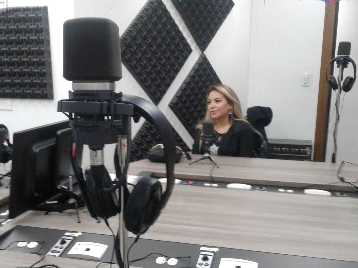 Serenata a Quito con Paola Fuerza y Pasión