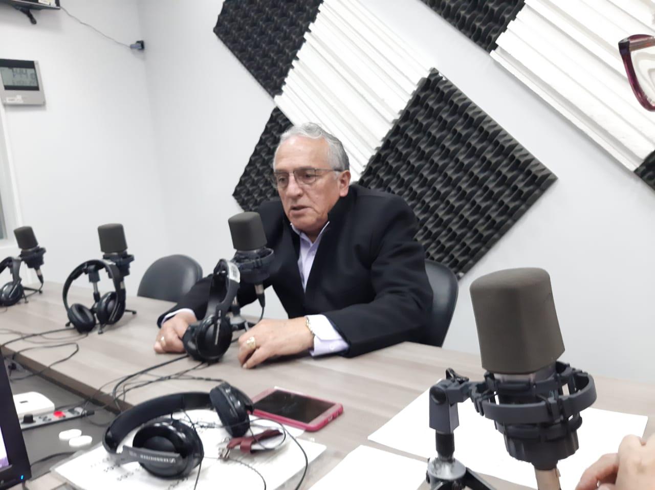 Fernando Pazmiño: Situación del puente sobre el Río Machángara