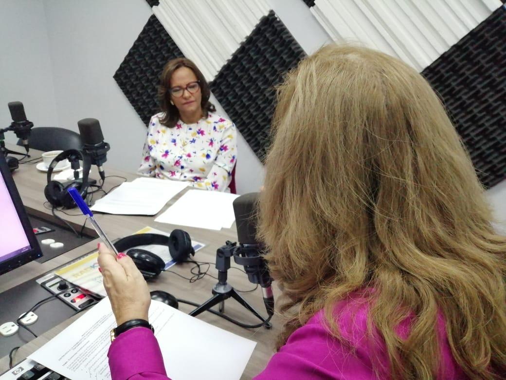 Elizabeth Cabezas: Análisis de enmiendas constitucionales