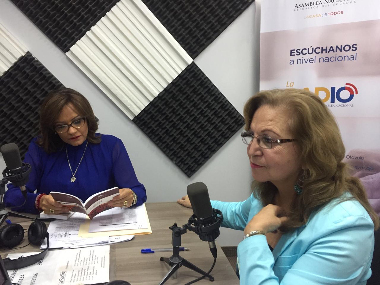 Elizabeth Cabezas: evaluación de gestión y coyuntura política