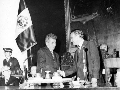 Voces Latinoamericanas-Historia Política del Perú