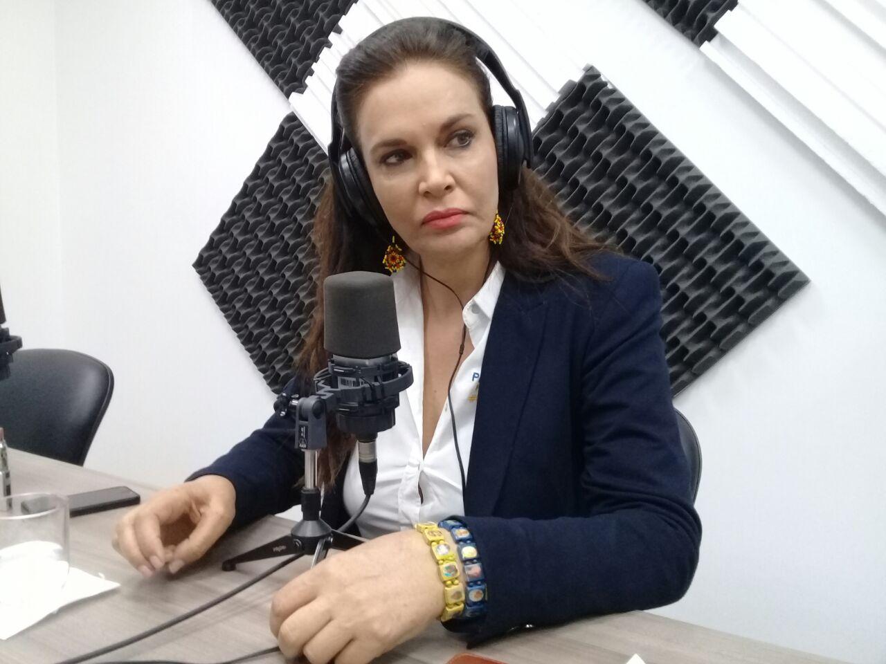 Candidata patricia Terán: Las decisiones del Parlamento Andino deben ser vinculantes