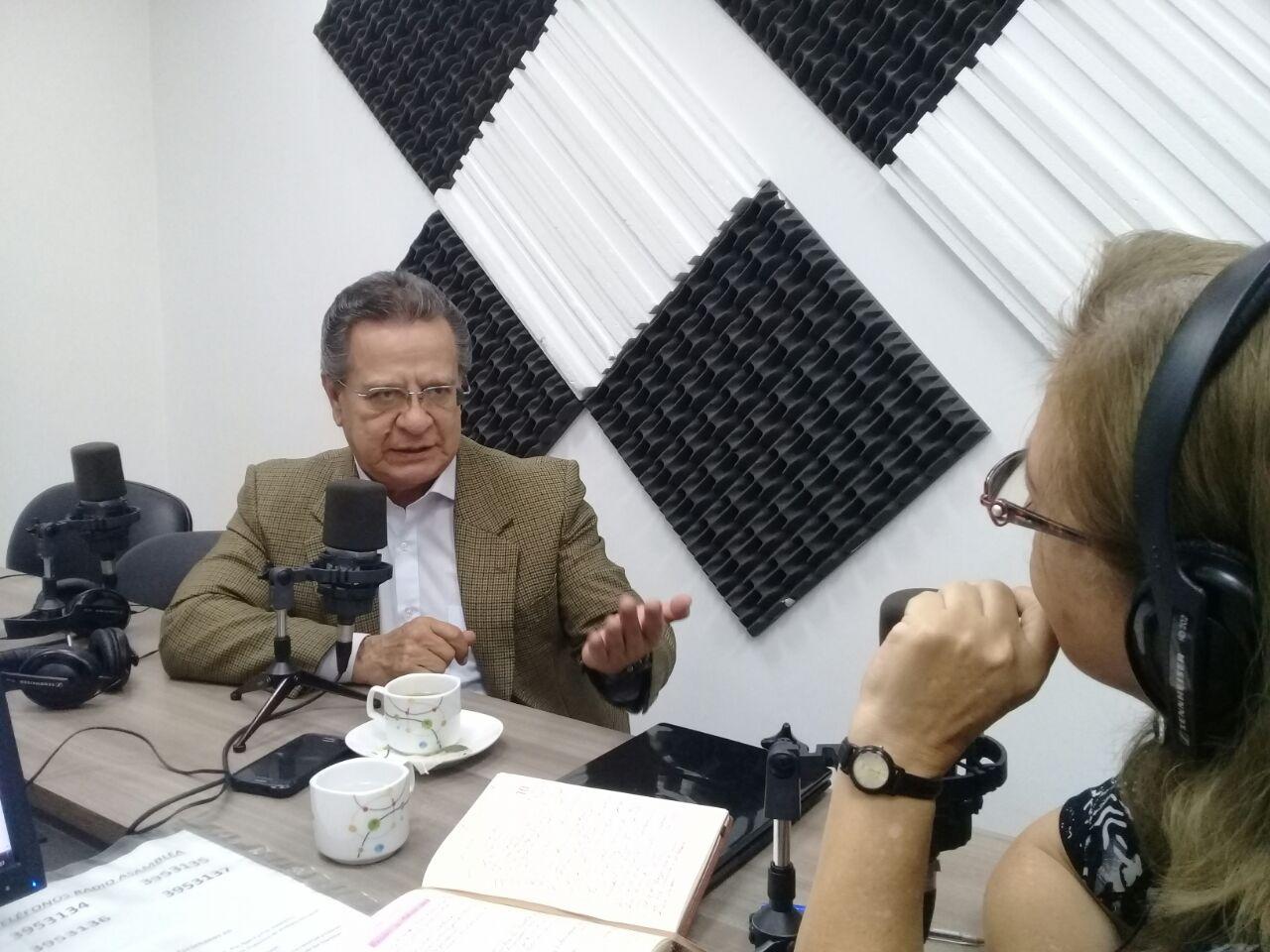 """Milton Jijón : """"En  el mundo hay ocho mil enfermedades raras"""""""