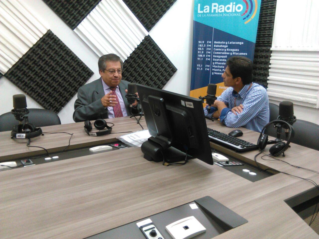 """Adalid Contreras: """"Ecuador quedó dividido después de las elecciones"""""""