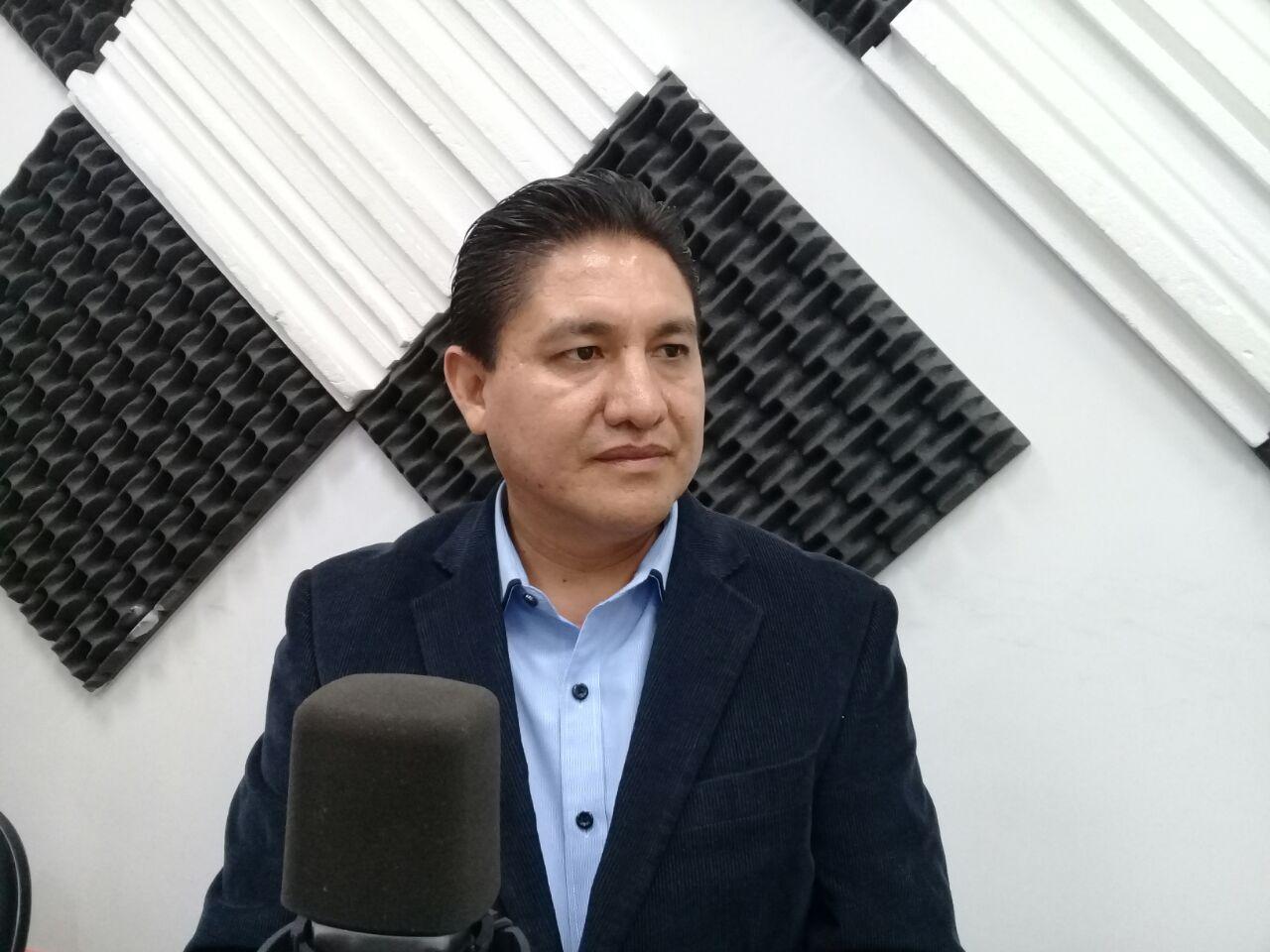 Víctor Águila y Mauro Flores: Día mundial de las telecomunicaciones