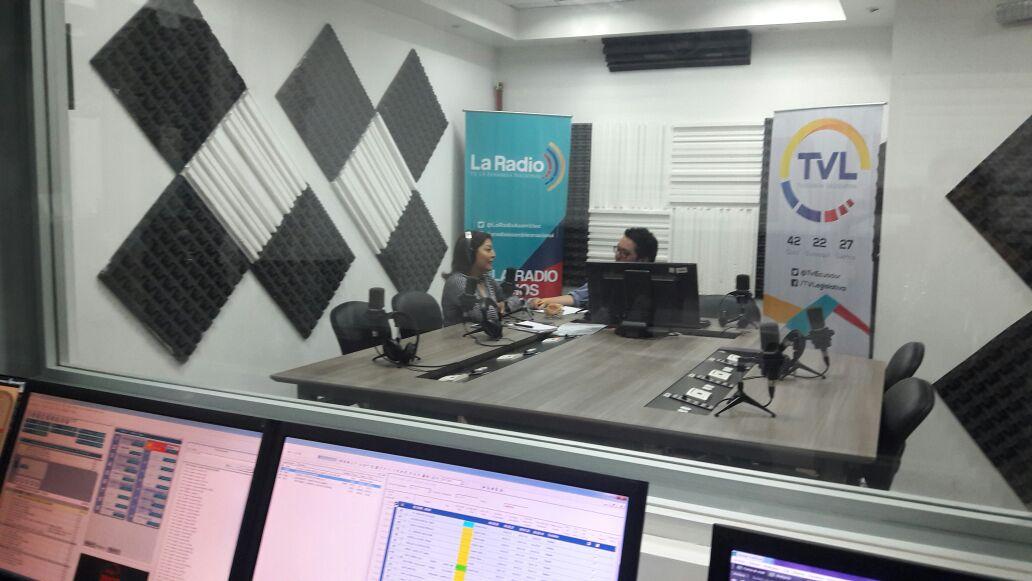 Wilma Andrade: Política de corazón y cantante de afición