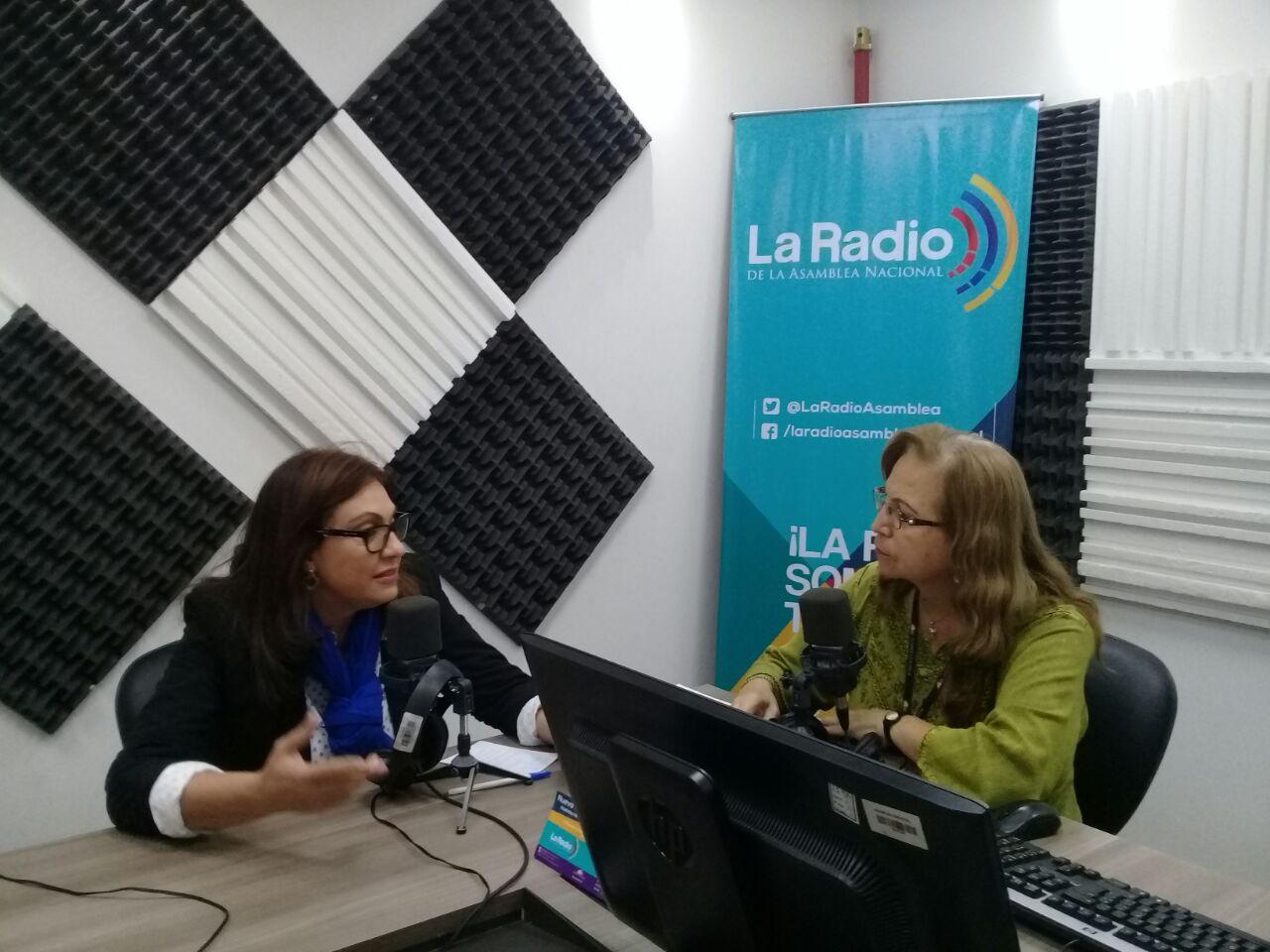 Nuria Butiñá: Simplificación de trámites.