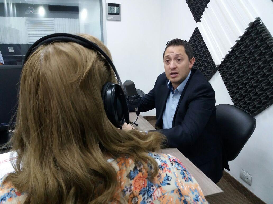 """Andrés Freire: """"El 54% de los ecuatorianos no tienen acceso a una cuenta de ahorros"""""""