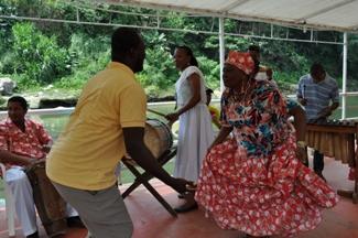 Música variada con tradiciones y ritmos tradicionales ecuatorianos