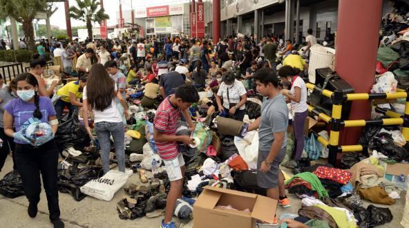 Entre el desastre y  la solidaridad