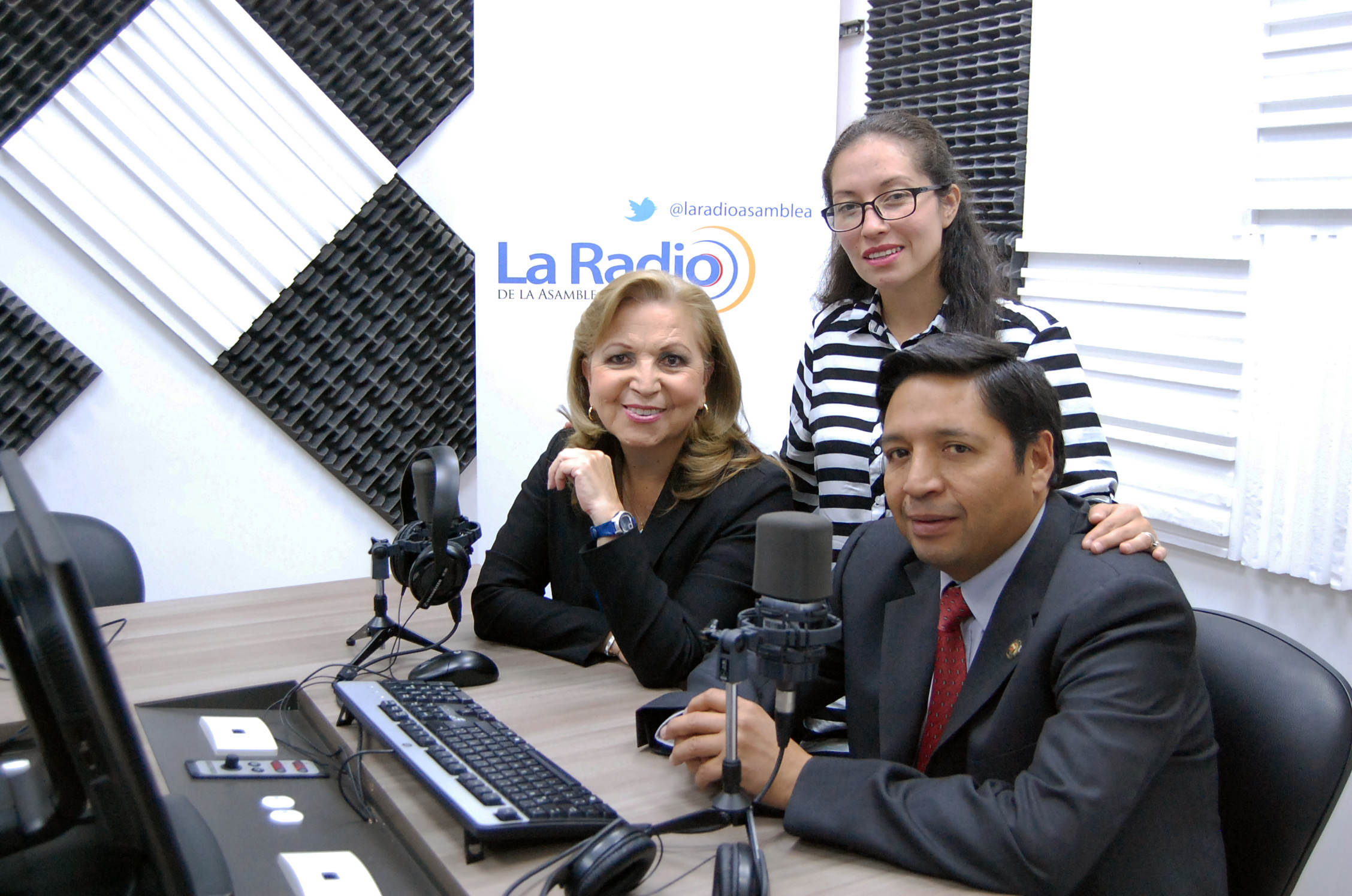 ENTREVISTA A MINISTRA DE INCLUSIÓN SOCIAL  BETTY TOLA